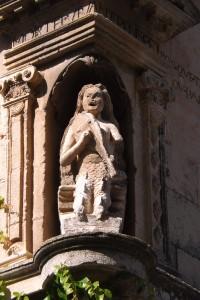 statuaesterna
